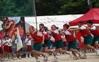 ムカデ競争の様子の写真