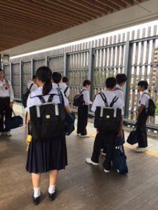 上熊本駅ホームの写真